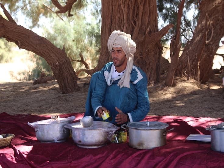sahara-desert-trek-morocco-www.moroccanjourneys.com