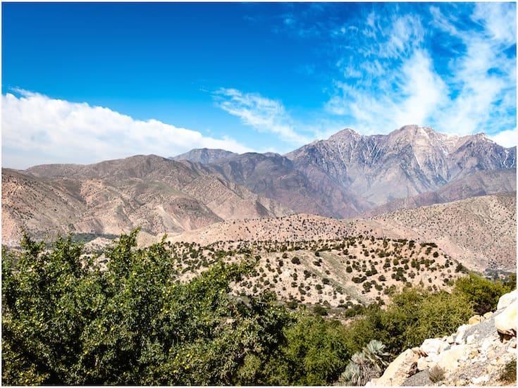 atlas-hike-day-trip-www.moroccanjourneys.com